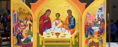 e291f3790197322b8799218f5801cb4d_Icon-of-the-Holy-Family-800-320-c